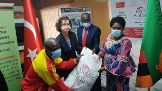 TİKA, Zambiya'da sellerden zarar gören ailelere gıda yardımı yaptı