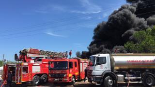 Çanakkale'de hurdalık alanda yangın