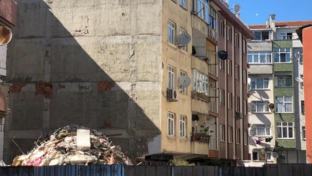 Zeytinburnunda çöken binanın bitişiğindeki bina yıkılacak