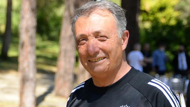 Ahmet Nur Çebi: İzmire 2 kupayı almak için gidiyoruz