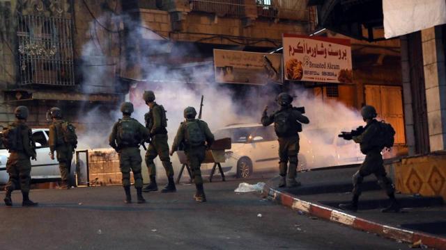 İsrailin Batı Şeriadaki saldırılarında 2 Filistinli hayatını kaybetti