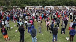 Bir günde Brezilya'da 2 bin 211, Arjantin'de 599 can kaybı