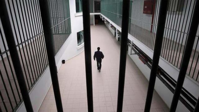 ABDde haksız yere hapis yatan iki siyahi hukuk mücadelesini kazandı