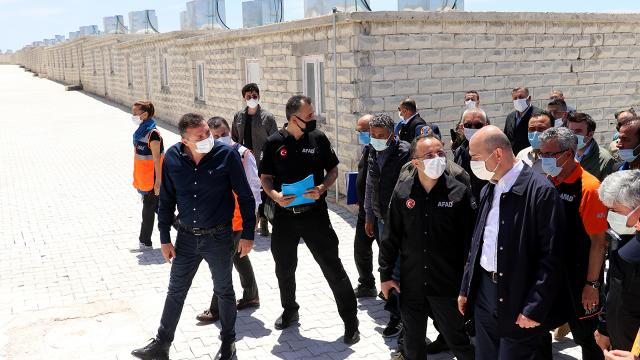 Bakan Soylu: İdlibde 1 yılda 35 bin ev tamamlandı