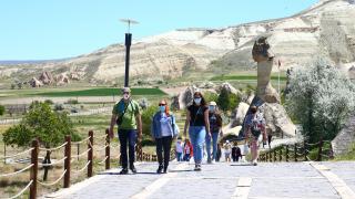 Ukraynalı turistler Kapadokya'dan hayranlıkla ayrılıyor