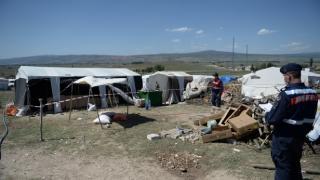 Tarım işçilerinin çadırına koronavirüs karantinası