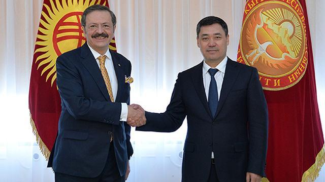 Kırgızistan Cumhurbaşkanı Caparov, TOBB Başkanı Hisarcıklıoğlunu kabul etti