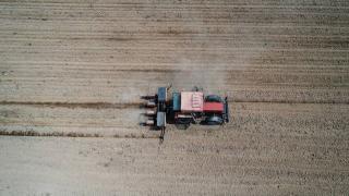 Çiftçiler tam kapanma sürecinde de üretimlerini sürdürdü