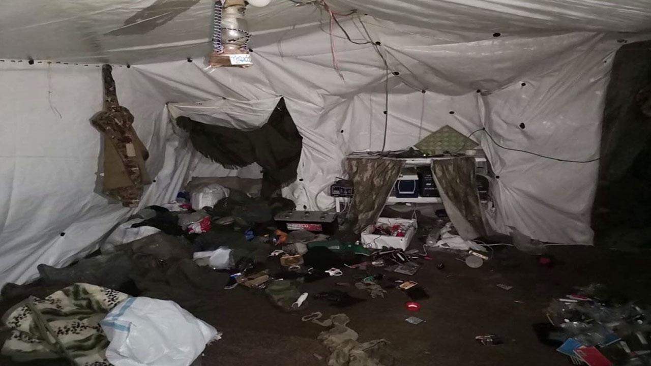 14 odalı terör mağarası imha edildi