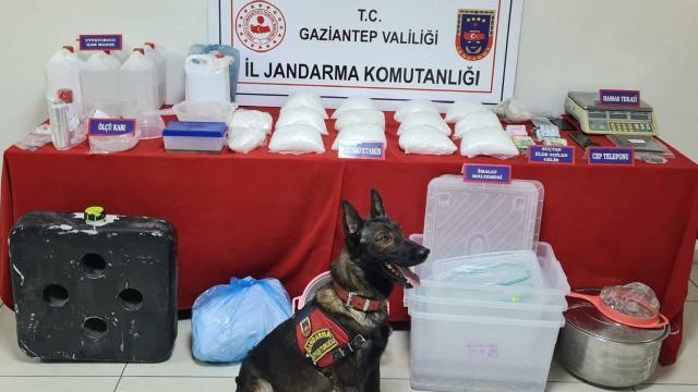Gaziantepte uyuşturucu imalathanesine operasyon: 4 gözaltı