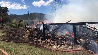Evinde yangın çıkan engelli kişi hayatını kaybetti