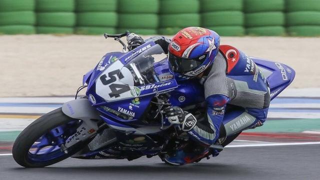 Milli motosikletçi Bahattin Sofuoğlu Portekizde 4. oldu