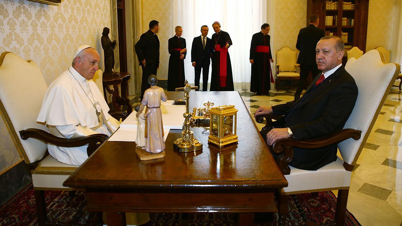 Cumhurbaşkanı Erdoğan Papa ile Filistin'i görüştü