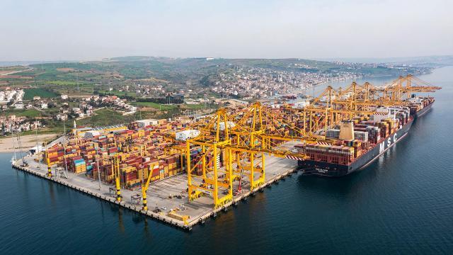 Türkiyenin ihracatı 200 milyar doları geçti