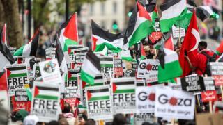 """İngiltere'de """"Özgür Filistin"""" diyen polise soruşturma"""