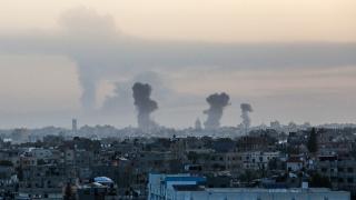 İsrail Gazze'ye saldırıları artırdı