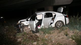 Sivas'ta otomobil devrildi: 3 yaralı