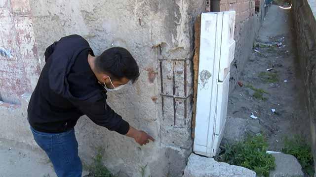 Esenlerde kolonları çatlayan bina sakinleri akrabalarına sığındı