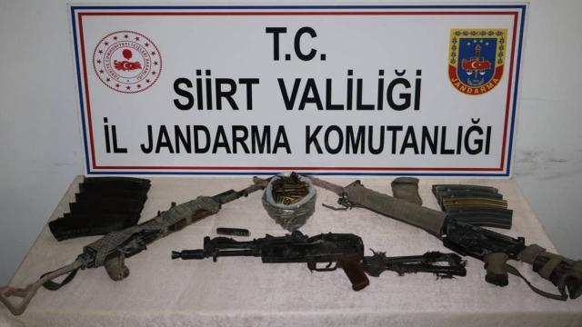 3 teröristin etkisiz hale getirildiği bölgede mühimmat ele geçirildi