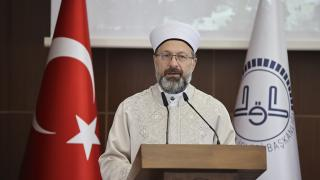 Diyanet İşleri Başkanı Erbaş, Neşe Nur Akkaya'ya yapılan saldırıyı kınadı