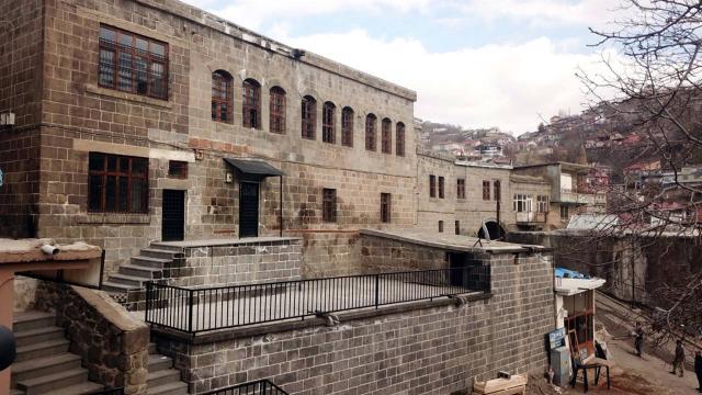 Bitliste 9 köydeki sokağa çıkma kısıtlaması sona erdi