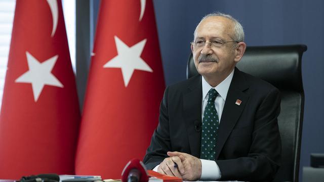 """Kılıçdaroğlu, """"Filenin Sultanları""""nı tebrik etti"""