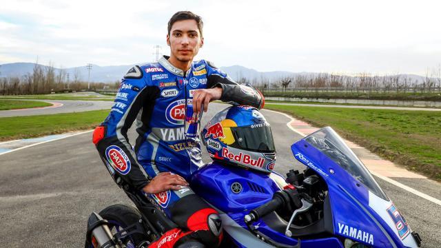 Milli motosikletçi Toprak Razgatlıoğlu İspanyada üçüncü oldu