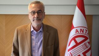Antalyaspor Başkanı Yılmaz görevi bırakıyor