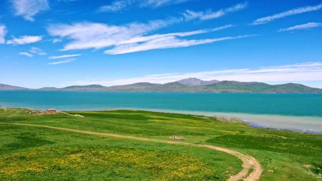 Bitlis ve Muştaki göller normalleşme süreciyle ziyaretçilerini ağırlamaya hazırlanıyor