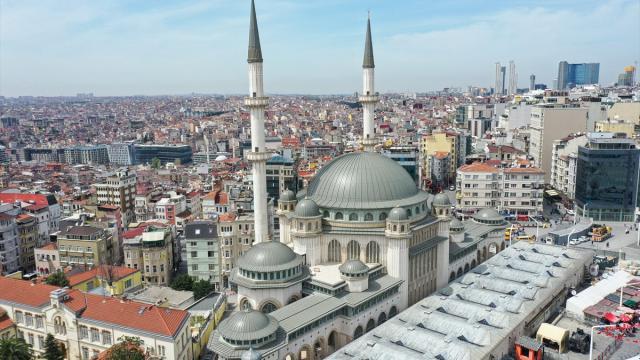 Cumhurbaşkanı Erdoğandan Taksim Camii paylaşımı