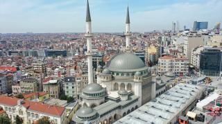 Taksim Camii yarın açılıyor