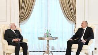 Aliyev ile Zarif Bakü'de görüştü