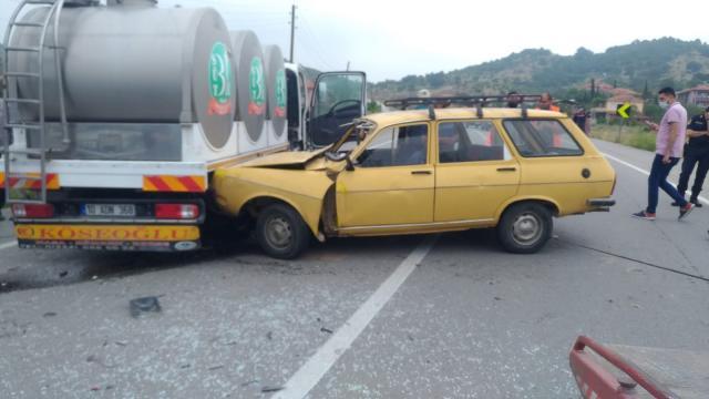 Balıkesirde trafik kazası: 1 ölü, 1 yaralı