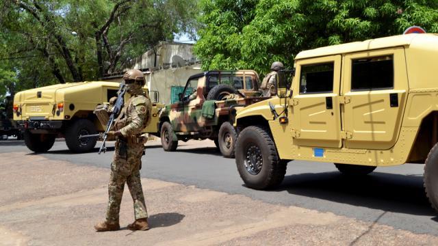 Malide barış gücü askerlerinin aracı mayına çarptı: 7 yaralı