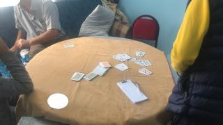 İzmir'de kumar oynadığı belirlenen 43 kişiye para cezası uygulandı