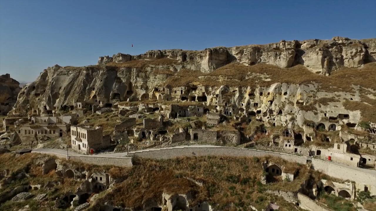 Kapadokya'nın yapısını bozanlara 200 bin liraya kadar ceza kesilecek