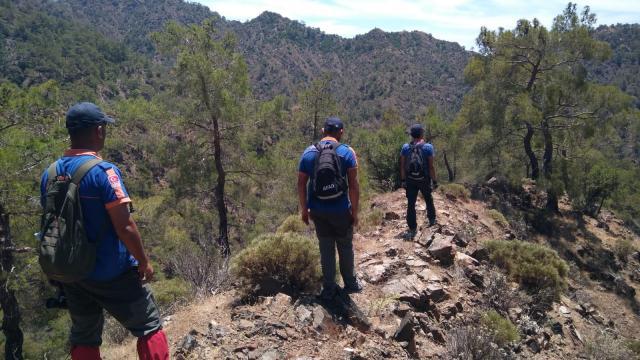Antalyada fotoğraf çekmek için gittiği dağlık bölgede kaybolan kişiyi arama çalışmaları sürüyor