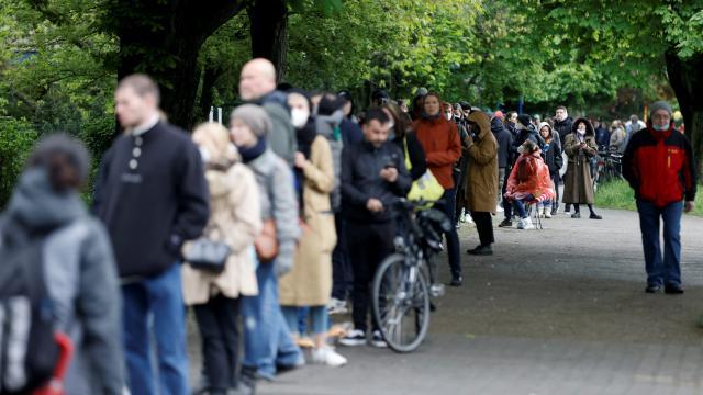 Almanyada aşı önceliği sıralaması kaldırıldı