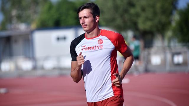 Milli atlet Sevler, Pragda ikinci oldu