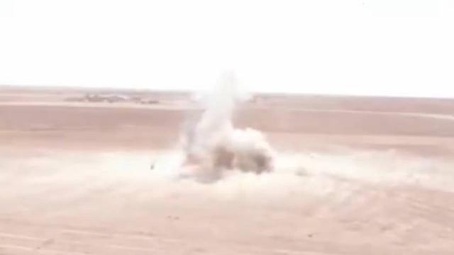 Barış Pınarı bölgesinde bir araca tuzaklanmış bomba imha edildi