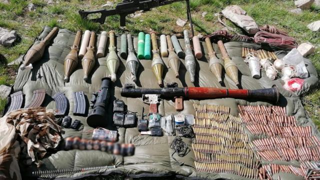Vanda PKKya yönelik operasyonda silah ve mühimmat ele geçirildi