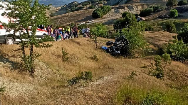 Manisada devrilen traktörün sürücüsü yaşamını yitirdi