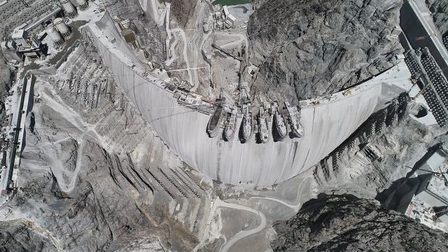 Türkiyenin en yüksek barajında sona yaklaşıldı