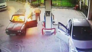 Benzinlikte yanan aracın içinde kalan kişi son anda kurtuldu