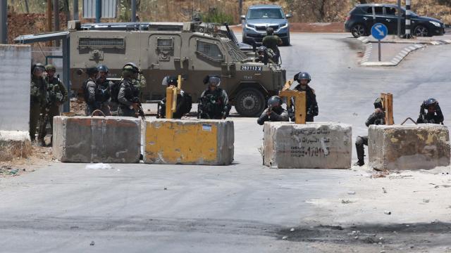 İsrail güçlerinin ateş açtığı Filistinli kadın yaşamını yitirdi