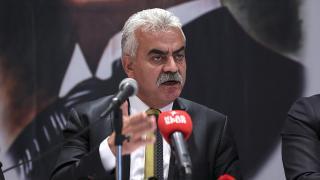 Metin Akyüz başkan adaylığını açıkladı