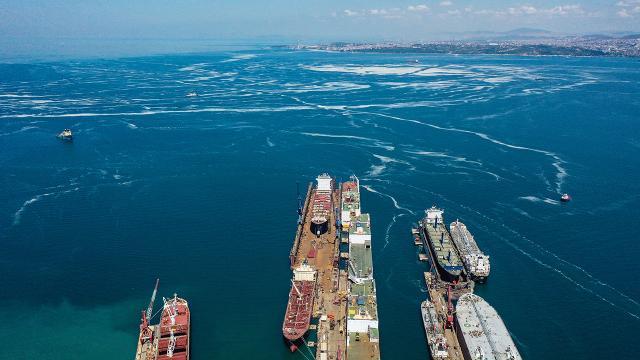 Marmara temizleniyor: 2 günde 392 metreküp müsilaj toplandı