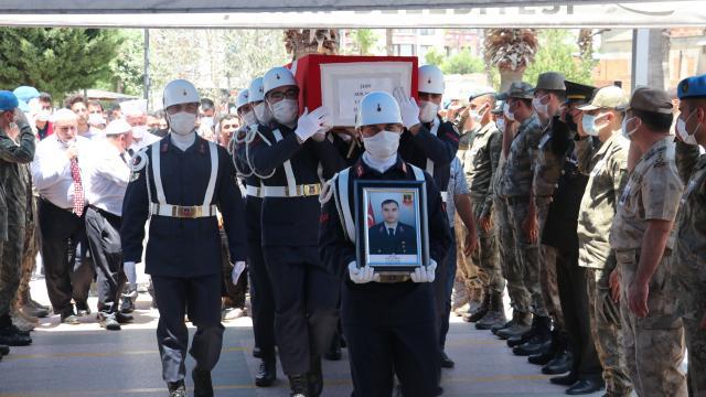 Şehit Jandarma Uzman Çavuş Adil Yılmaz, Hatayda son yolculuğuna uğurlandı