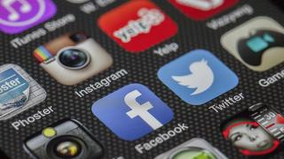 Avustralya'da sosyal medya için ebeveyn izni şartı planı
