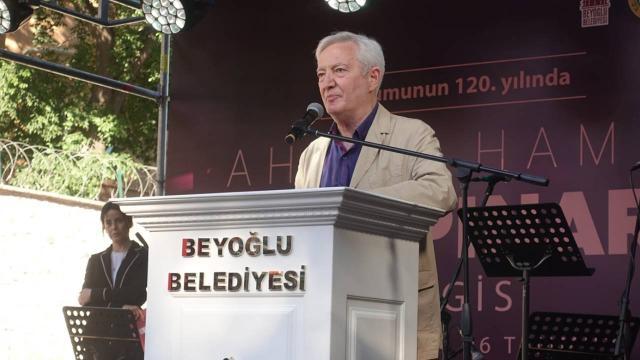 """""""Doğumunun 120. yılında Ahmet Hamdi Tanpınar"""" sergisi açıldı"""